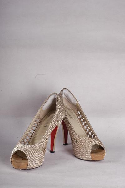 Qoo10 - rotelli shoes   Sepatu eed8141309