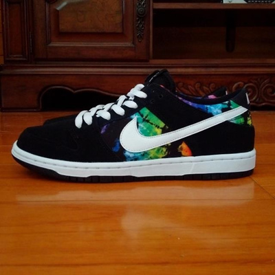 newest 5dc29 0be2d SB Dunk Low Pro IW 819674 019 tie dye skate shoes