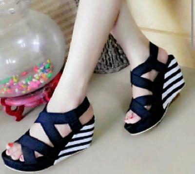 Qoo10 - Sepatu Hak Tinggi High Heel Feminim Trendy Wanita   Sepatu 6a0ba454d7