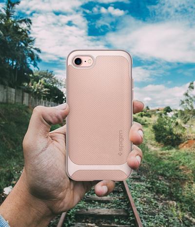 low priced 2ab00 7970a Qoo10 - Spigen Neo Hybrid Herringbone iPhone 7 Plus Case with ...