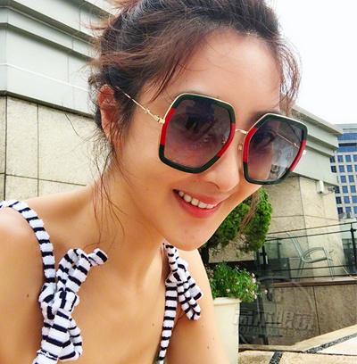 8c279362e3 Qoo10 - oversized sunglasses   Fashion Accessories