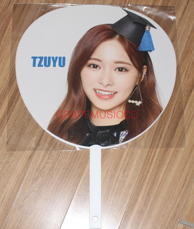 TWICE JAPAN SHOWCASE LIVE TOUR 2018 Candy Pop OFFICIAL GOODS TZUYU IMAGE  PICKET FAN