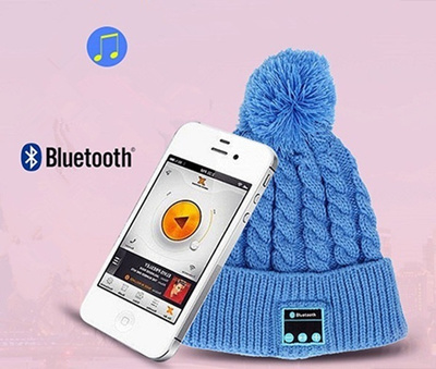 b5894b0350f Qoo10 - Wireless Bluetooth Smart Knit Beanie Winter Sport Hat Headphone  Headse...   Computer   Games