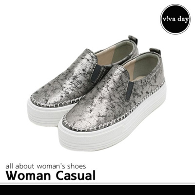 91ea7d7a479 Qoo10 - Women  s key height slip-on sneakers canvas shoes casual shoes  wome...   Men s Bags   Sho.