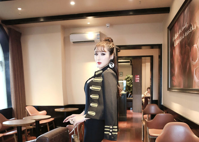 ファッション 欧米大物 バルマンブームの宮廷金線
