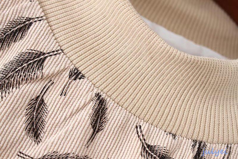 欧米風 コーデュロイのワンピース 葉のプリント柄 パフスリーブ カジュアル 着痩せ 女性 大人  2018早春