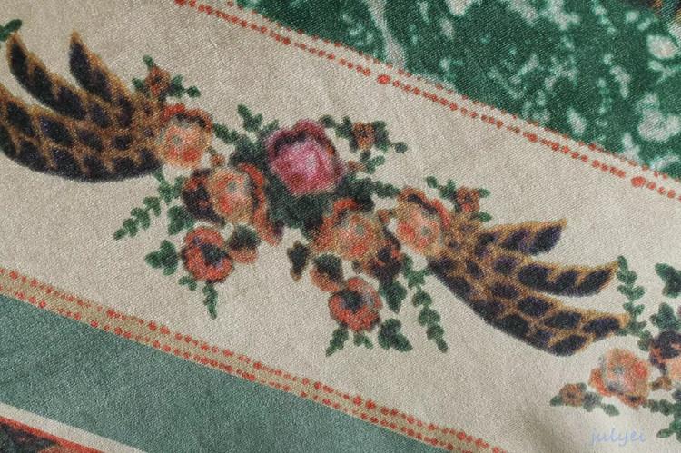 欧米風 ワンピース ベルベット花柄ワンピース  ロングワンピース ヴィンテージの花柄  綺麗め 大人 秋冬 お洒落