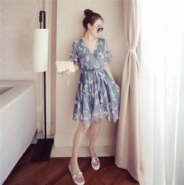 レディースワンピース 韓国無地 スリム 韓国のファッション フレアスリーブ シフォンワンピース   プリントワンピース 上品 ロングスカート ハイセンス 着心地いい おしゃれ 夏 スリム セール★ レ