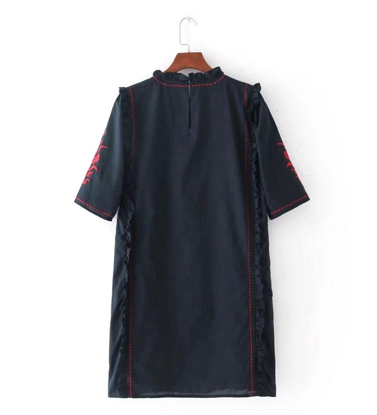 2017秋の新型、刺繍、キクラゲ襟、ワンピース
