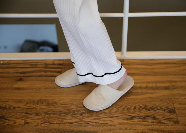 やわらかくて着心地がいい!❤大人気❤シルクパジャマ 2点セット ルームウェア 女性パジャマ レディースパジャマ 婦人ナイトウェア ルームウェア 上下セット 寝間着 部屋着  静電気防止 肌にやさしい