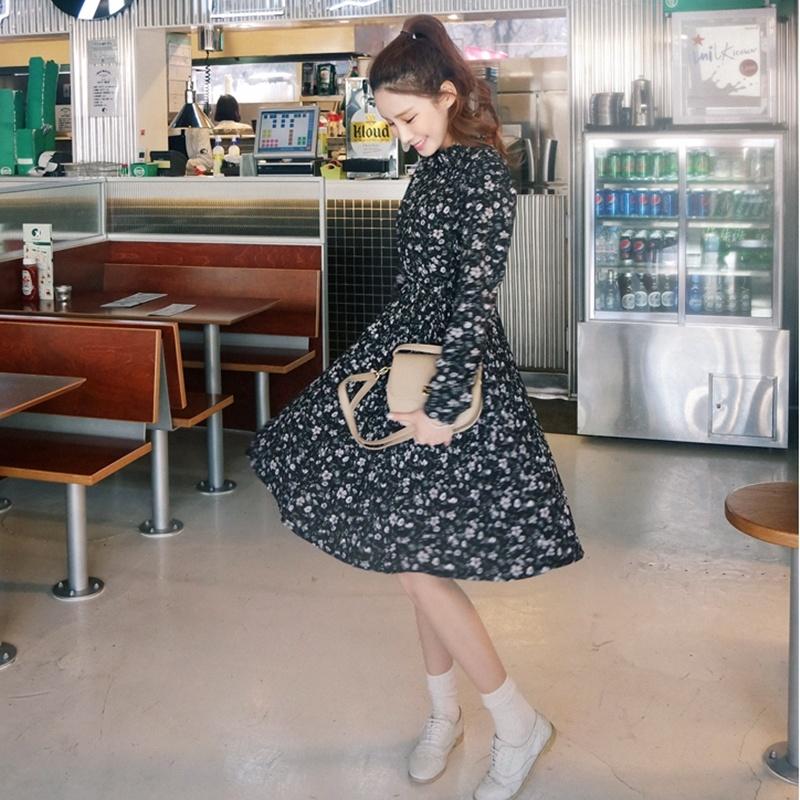 無料配送[CHERRYVILLE]★韓国ファッション★女性ファッション★雰囲気のあるブラックカラーのワンピース★デートファッション★推薦デーリー・ウェア