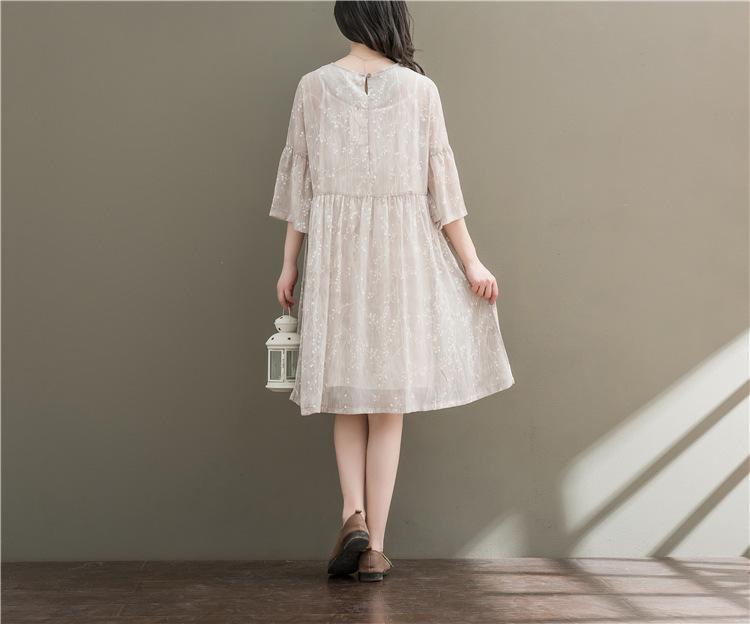 森ガール 淑女ワンピース レディースワンピース 大人可愛い刺繍ドレス 花柄に魅了されるワンピース 膝丈 ゆったり ワンピース スレンダーライン 透け防止で レース 無地 ワンピーススーツ