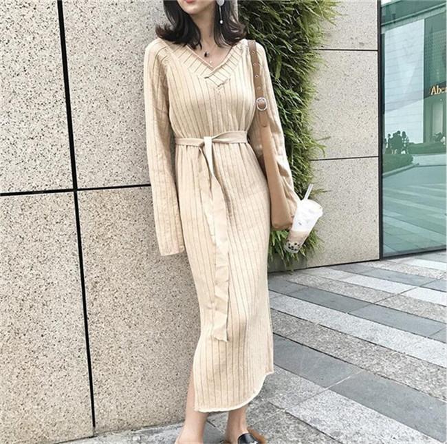 ニットワンピース Vネック タイトワンピース 韓国ファッション ミモレ丈 レディースケーブル編み  ワンピース 程よくゆったりとした大人な抜け感のリブニットワンピース 送料無料