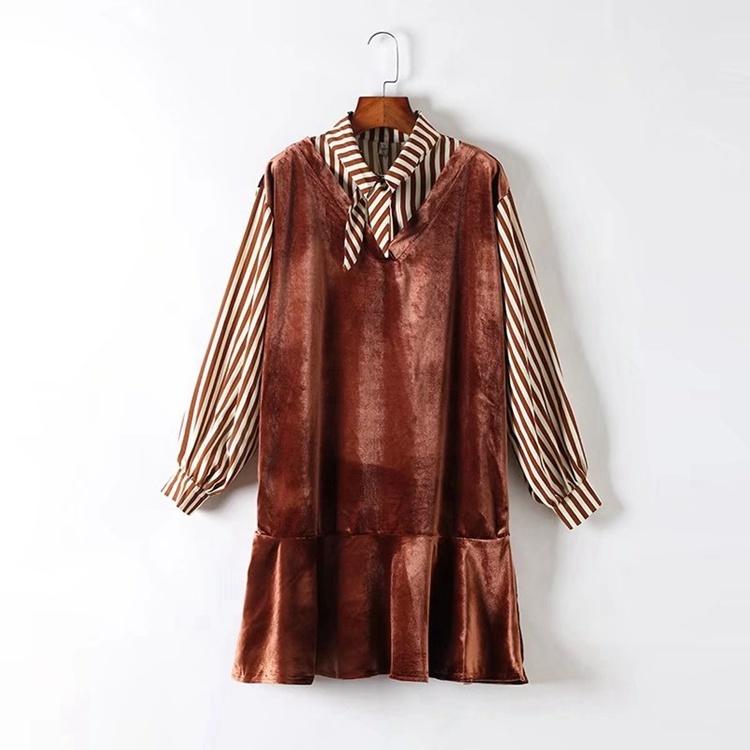 2017秋冬服新型、韓版ゆるシャツ襟切り替えストライプ袖フォックス絨の偽2ワンピース