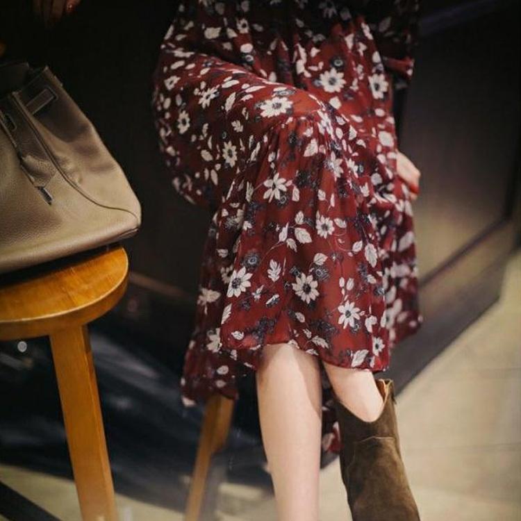 シフォンワンピース/vネック/裏ボア/フレアワンピース/マキシワンピース/長袖/マキシ丈/レディース/花柄/総柄/リボン/フレア裾/大きいサイズ/厚手