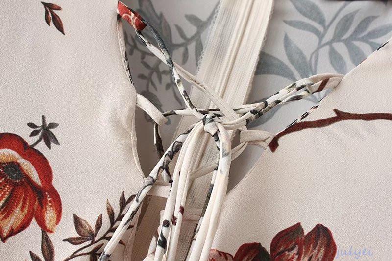 Vネック 花柄 ロングワンピース 花柄ワンピース  大人っぽく着こなヴィンテージの花柄 レディース 長袖ロングワンピース  ゆったり 体型カバー
