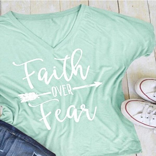 2017年夏の女性ファッションカジュアルレタープリントTシャツ半袖信仰上の信仰アローTeeトップ