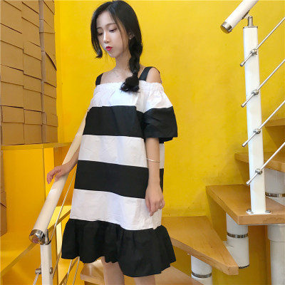 韓国風/夏/新しいデザイン/白黒/複数色/肩なし/ワンピース /ルース/着やせ/中長デザイン/学生/ドレス