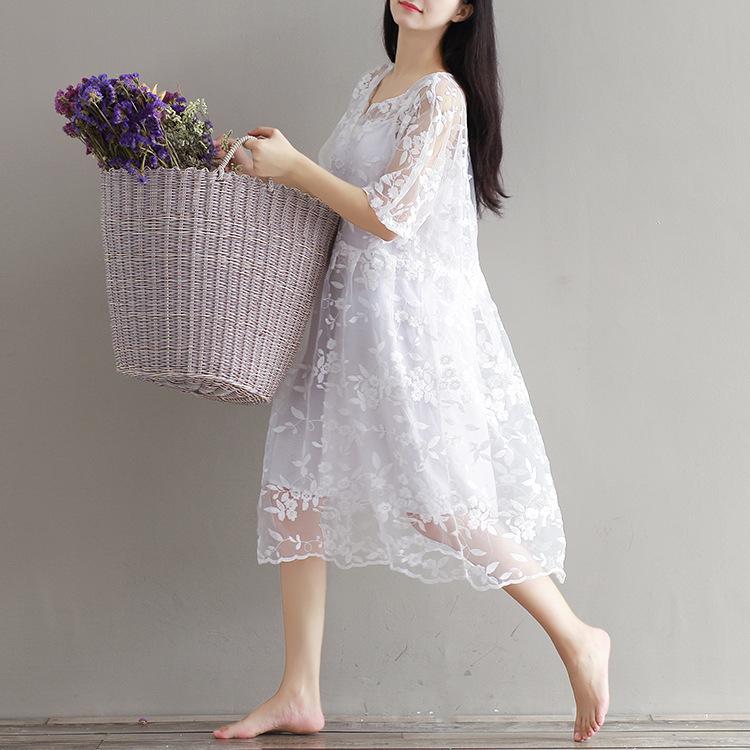 森ガール可愛い淑女ワンピース Vネック レディースワンピース 大人可愛い刺繍ドレス 花柄に魅了されるワンピース 膝丈 ゆったり ワンピース スレンダーライン 透け防止で レース 無地 ワンピーススーツ