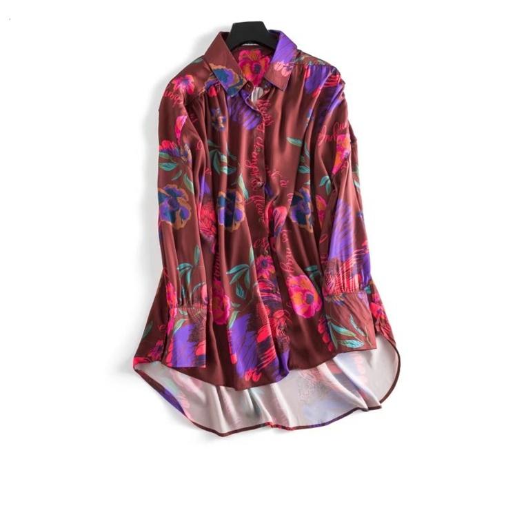 2018春服の新作、外国の風情、休日を過ごす風、絹織物、ロングタイプ、ボタンをかける、ワイシャツ