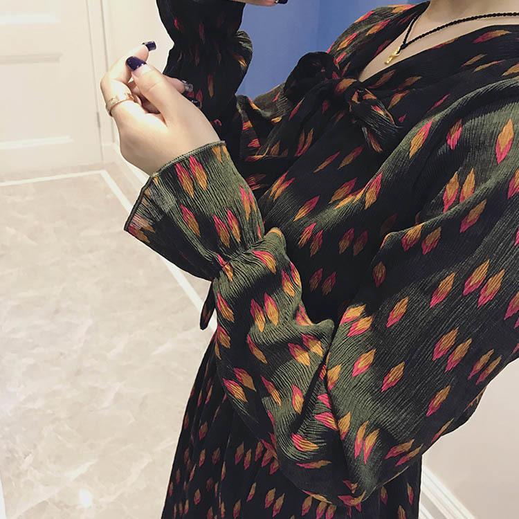 シフォンワンピース/フレアワンピース/プリーツスカート/レディース/長袖/ひざ丈/花柄/総柄/リボン/フレア裾/大きいサイズ/厚手/インナーワンピース