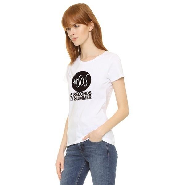 女性のファッション5SOS英語の半袖Tシャツのカップルの男性と女性のTシャツ