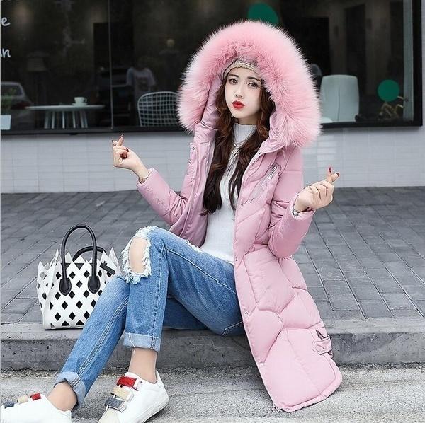 冬のファッションラージファーの襟レディースコートフード付きウィンターコートの厚いウォームロングスリム女性の外側