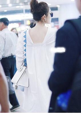 【55555shop】韓国ファッション 超人気 休閑詰め襟のワイシャツ ワンピース /背後が独特でシンプルロングブラウススカート