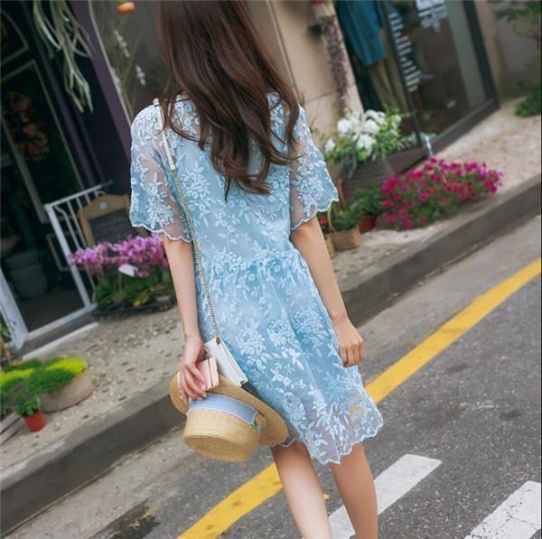 レディースワンピース 韓国無地 スリム 韓国のファッション   サスペンダーレースワンピース  プリントワンピース 半袖ワンピース  二点セット 学院風 ハイセンス 着心地いい おしゃれ 夏 スリム