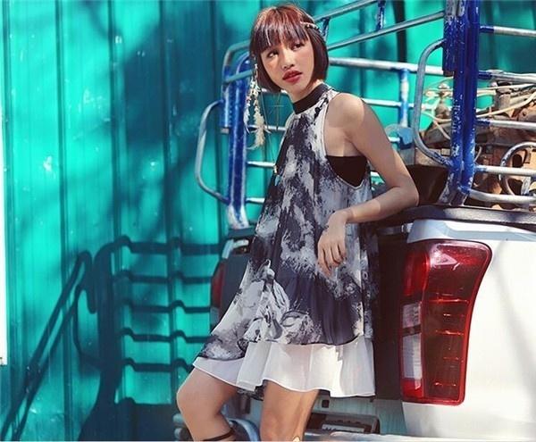 レディースワンピース 通勤/旅行 シンプル セクシー 着痩せ 上品 ファッション 大人気 春夏秋 レディースワンピース