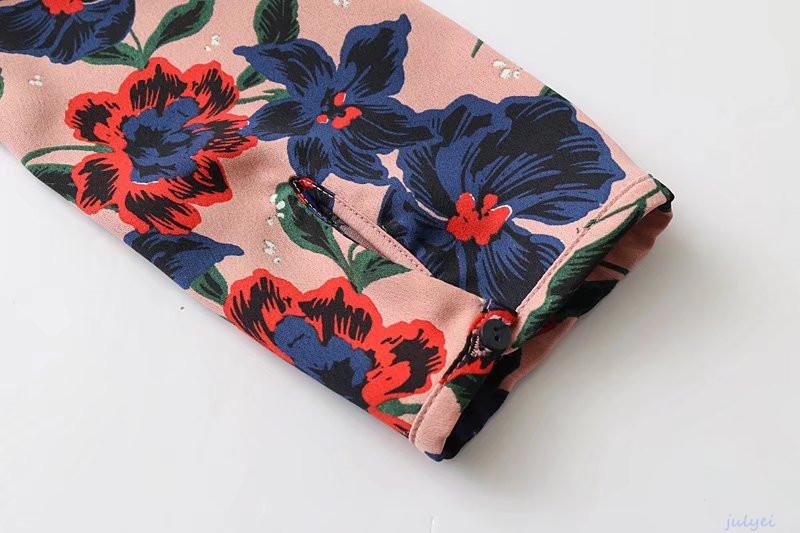 花柄ワンピース ロング丈 ベルト付き Vネック 大人っぽく着こなヴィンテージの花柄 レディース 長袖ロングワンピース スリット入り ゆったり 体型カバー