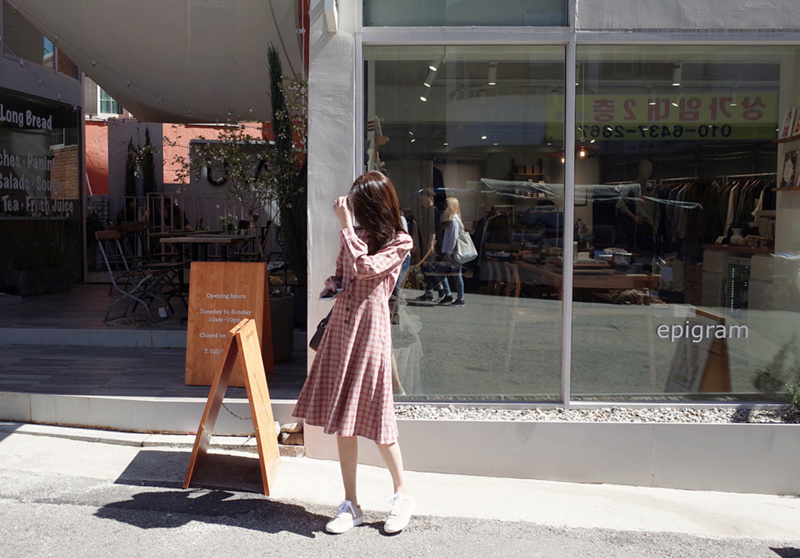 [55555SHOP]韓国ファッション Vネック セクシーワンピース  魅力的ワンピース 着痩せ 体型カバーに効く・ハイクオリティー ボディーラインがスリムに見え