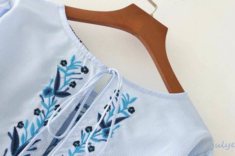 欧米風ラウンドネックハード刺繡のプリンジ飾りのミニワンピース/ストライプ柄/パフスリーブ 盛り袖 体型カバー