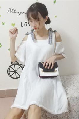 夏 新しいデザイン 韓国風 ルース 肩なし スリング ワンピース  女 首輪 スピーカー
