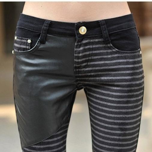 ビッグサイズPUレザージーンズ女性のファッションカジュアルパンツ女性デニムパンツの鉛筆のズボン