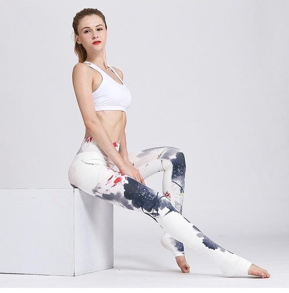 新しいヨーロッパとアメリカのプロスポーツウェアスリムヨガパンツ女性のインク印刷ヨガフィットネスP