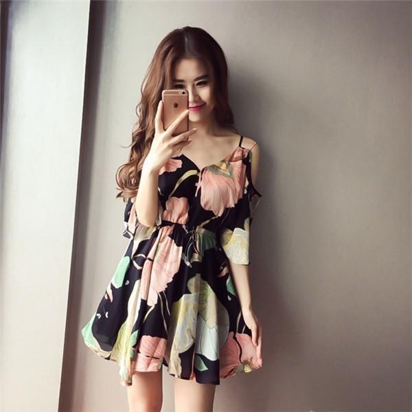 レディースワンピース 韓国無地 スリム 韓国のファッション  ベアトップシフォンワンピース   V領サスペンダー プリントワンピース 上品 ロングスカート ハイセンス 着心地いい おしゃれ 夏 スリム
