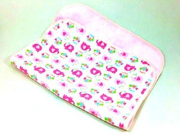 From $6.3 bamboo fibre baby children toddler changing mat water proof mattress protector / changing pad (pink elephant)