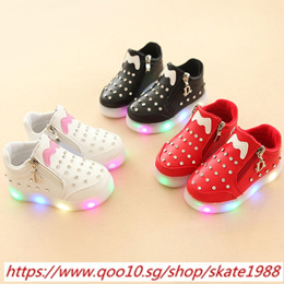 2018 European fashion Zip hot sales LED baby first walkers cool ankle boots lighting cute baby girls