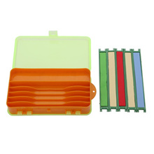 17.8 * 10 * 4.5cm Plastic Double Sides Fishing Tackle Box Two-Side Fishing Gear Fittings Storage Box for Fishing Lines Swivels Hooks Flies and Fishing Lures + 5 Pcs Assorted Color Fishing Line Winders
