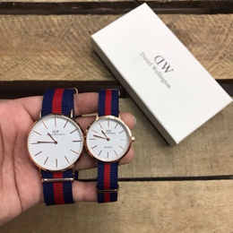 H&amp S Daniel Wellington Classic Oxford with 12 Months Warranty on Engine