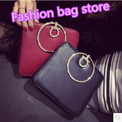 c14d9c083d4a62 The new European and American big fashion metal round buckle ladies handbag  shoulder bag Messenger b