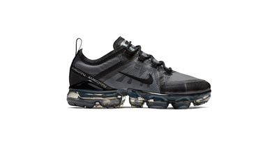 1633e51fc9 Qoo10 - NIKE AIR VAPORMAX 2019 BG AJ2616 001 : Kids Fashion