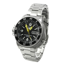 Seiko 5 SPORTS  Analog  Mens BNIB + Warranty Watch SKZ211K1