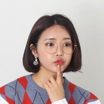 706f5169769  Realmori  Two-tone vintage oversized glasses ship from korean fashion