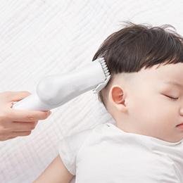 小米 如山婴童智能吸发理发器 柔顺吸力家用小巧静音宝宝儿童理发器