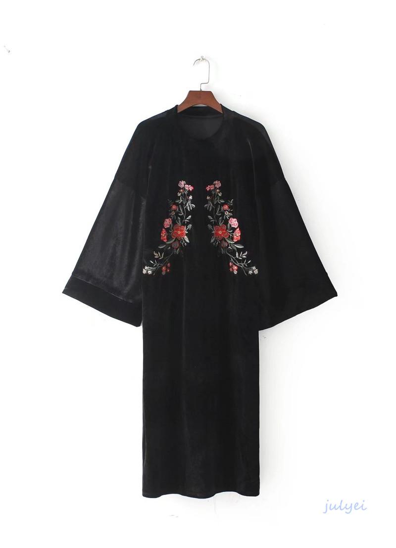 欧米風 レディース リゾート風   ゆったり  ビロード 刺繍 ベロア  和服式のワンピース  ラウンドネック ロングワンピース 体型カバー