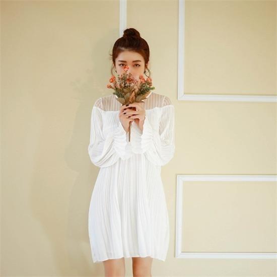 ベリープリティー行き来するようにベリプリティーときめきオフショルダー・シフォンワンピース 塔/袖なしのワンピース/ 韓国ファッション