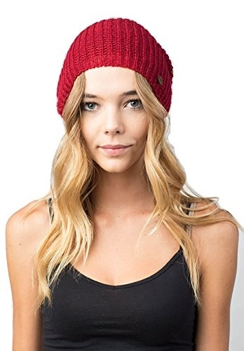 3dcad736be0 Qoo10 - NEFF Womens Nolita Beanie   Fashion Accessories