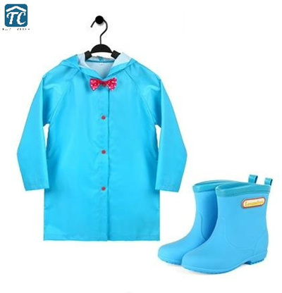 6c1065f59 Raincoat With Shoes Children Cartoon Kids Girls Boy Rainproof Rain Coat  Waterproof Poncho Rainwear R